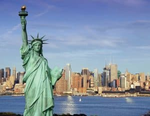 Green-Card-Statue-of-liberty